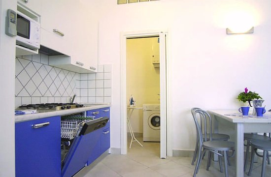 Excelsior Apartments: Cucina