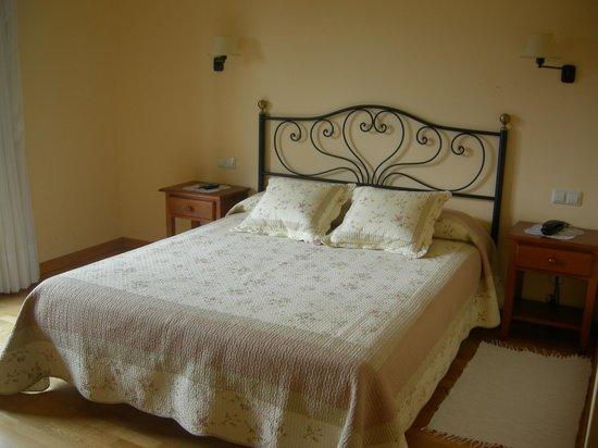 Hotel Cal Martri : Habitación