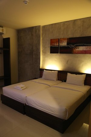 B2 Chiang Rai : .