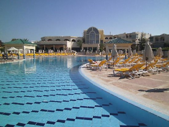 Piscine Exterieure  Photo De Carthage Thalasso Gammarth  Tripadvisor