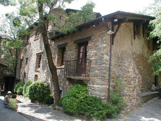 Museu Casa d'Areny-Plandolit: Imatge exterior
