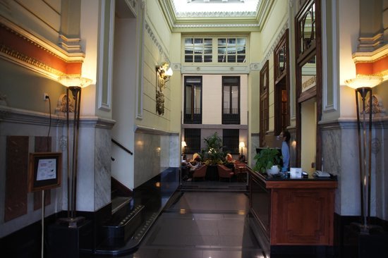 Intur Palacio San Martin : Lobby en zitgedeelte