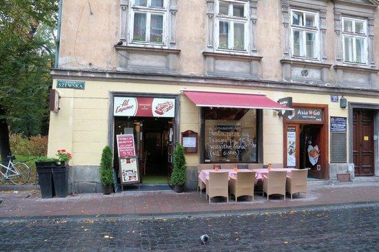 Al Capone Restaurant & Coffee