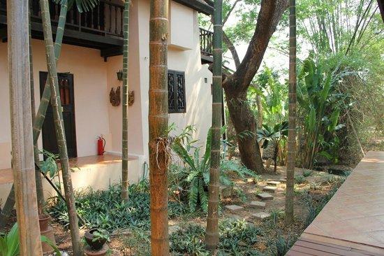 Dreamcatchers B&B : Lovely gardens, relaxing rooms