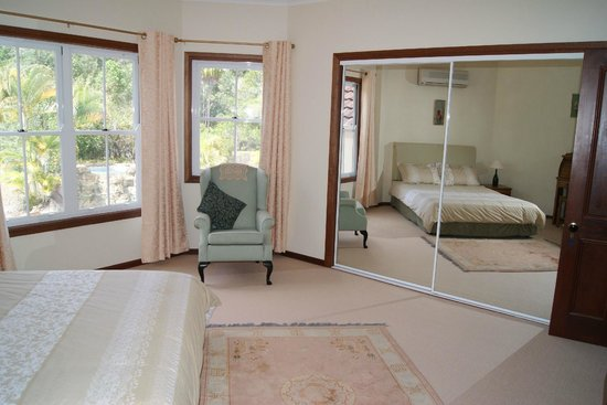 Kingfishers Manor: Paradise Kingfisher Suite