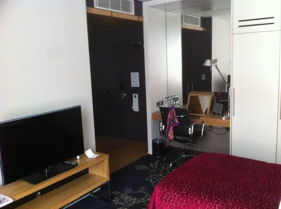 Apex Temple Court Hotel: Twin room 344