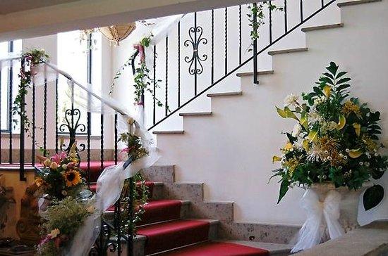 Hotel Ristorante La Palazzina: staircase going to rooms