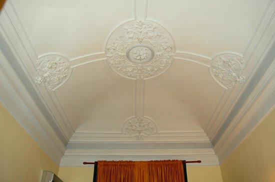 Hotel Etnea 316: Plafonds magnifiques