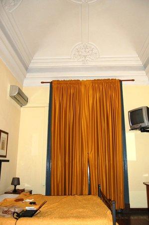 Hotel Etnea 316: La chambre-suite no 2