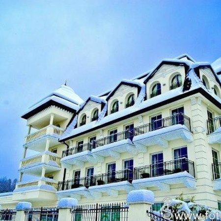 Grand Hotel Lienz: Westseite Grandhotel Lienz