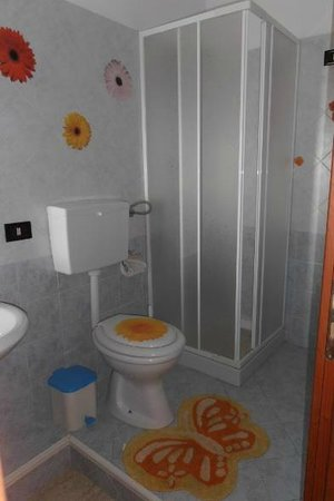 Bed and Breakfast Butterfly: Bagno