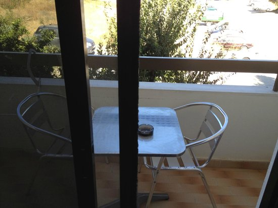 Philoxenia Hotel & Studios: Balkon