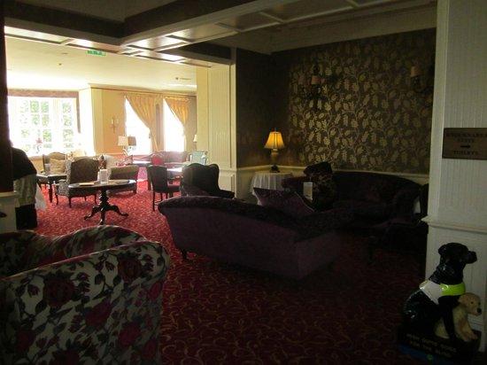 Sligo Southern Hotel: hall