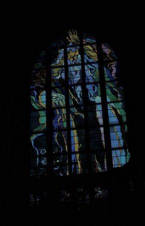 Franciscan Church (Kosciol Franciszkanow): Stained glass