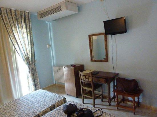 Hotel Troncoso: habitacion