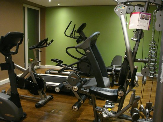 The Harmonie Vienna: exercise room is very good
