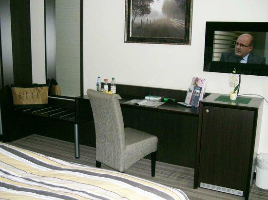 Hotel Moers Van Der Valk: Zimmer