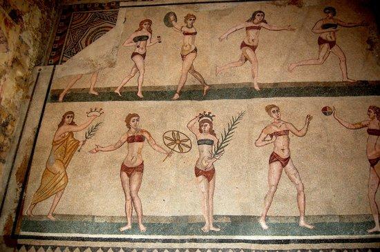 Piazza Armerina: Les romaines portaient déjà le bikini ;-)