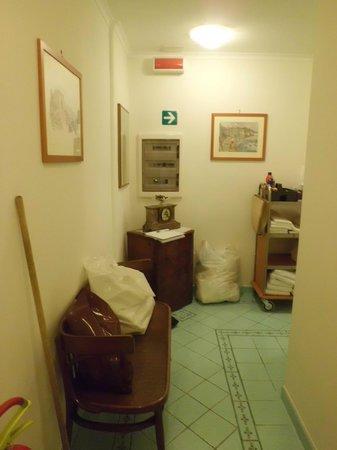 Hotel Savoia : Corridor (niceeeeeeee)
