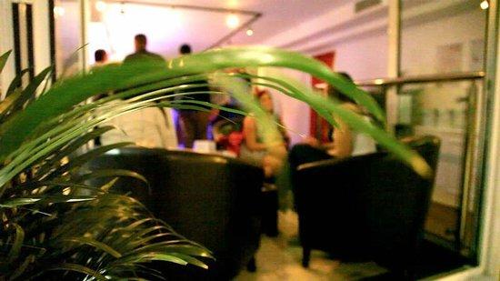 Blushh Bar: Outside