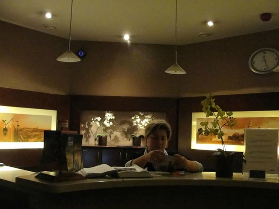 Hotel Atrium: the friendly receptionist
