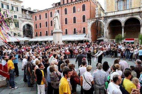 Tocati, Festival Internazionale dei Giochi in Strada: Piazza Ungheria/Piazza dei Signori