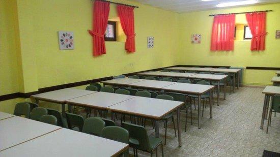 Albergue Juvenil San Rafael: Comedor
