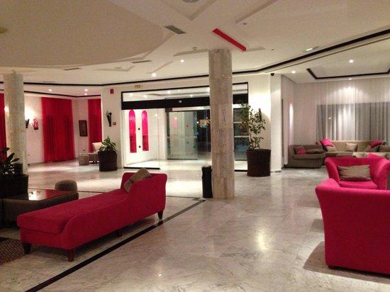 Hotel Cedriana: Hall reception