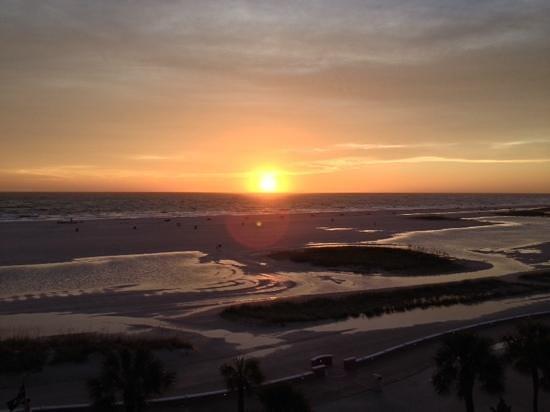 Bilmar Beach Resort: sunset from our room