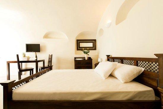 Enalion Suites: beautifull room