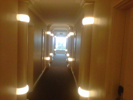 The Riverside Hotel: Loved the lights in the corridor