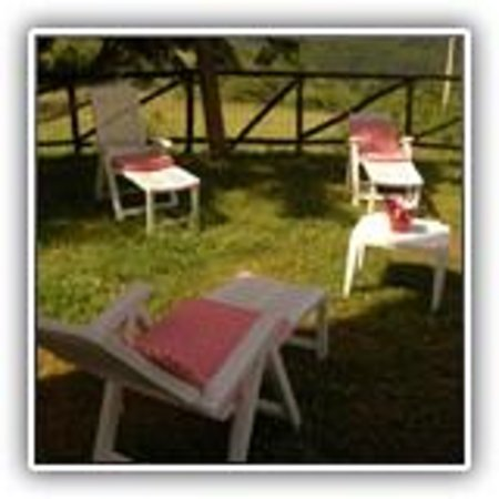 Tornolo, Italy: relax in giardino