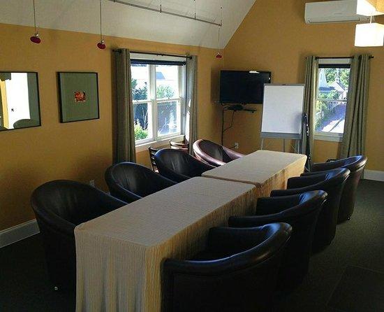 Pilgrim House: Meeting Space