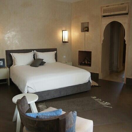 Dar Maya: Room Akshood