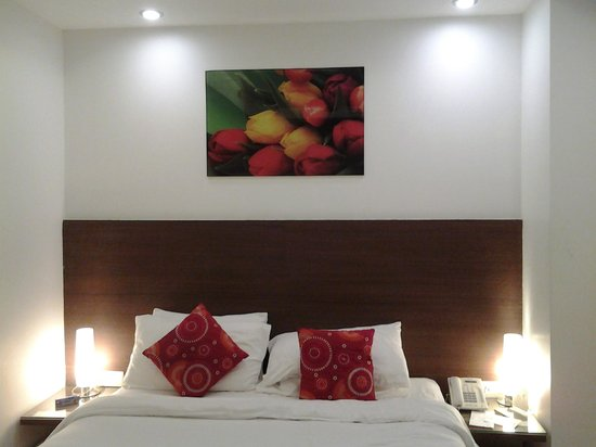 Iris Park Hotel: Inside the room