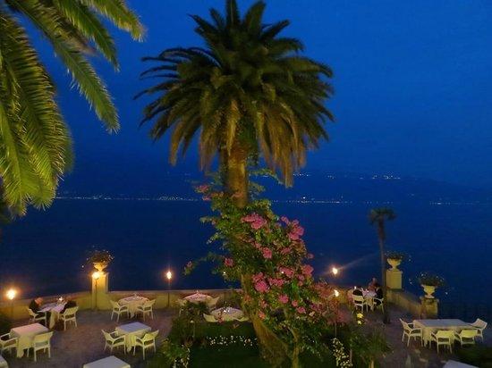 Hotel Villa Giulia: Having spritzes on the terrace before dinner below.Stunning