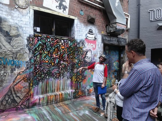 Melbourne By Foot: graffiti