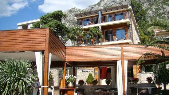 Forza Mare Hotel: l'hôtel depuis le bord de mer