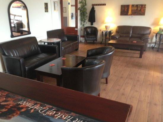 Moorland Hotel: relaxed bar area