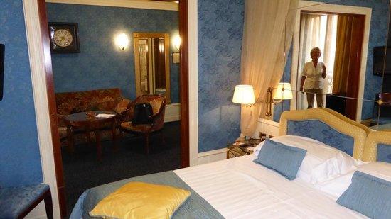 Art Hotel Orologio : Sovrum