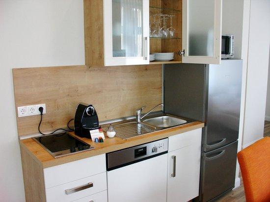 Apartmenthotel Kaiser Karl Bonn: ausgestattete Küchen