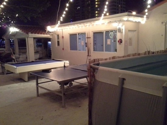 Party place picture of bikini hostel cafe beer garden miami beach tripadvisor for Bikini hostel cafe beer garden