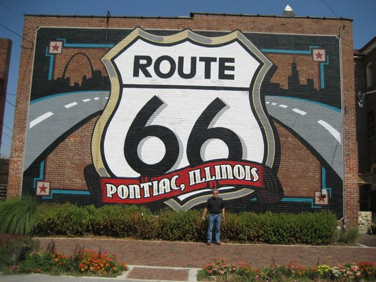 IL Route 66 Association Hall of Fame & Museum: Ropute 66 Sign, Pontiac