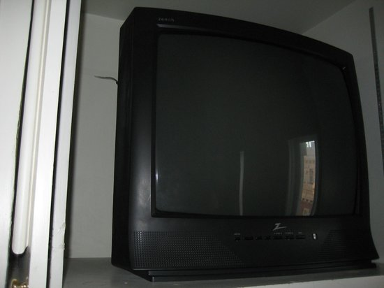 Camino Real El Paso : Camino Real TV in Suite