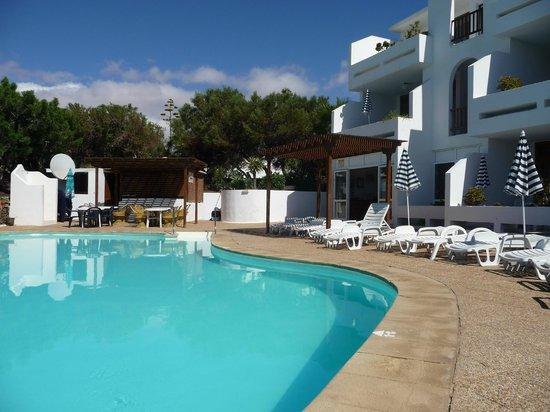 Apartamentos Camels Spring: pool