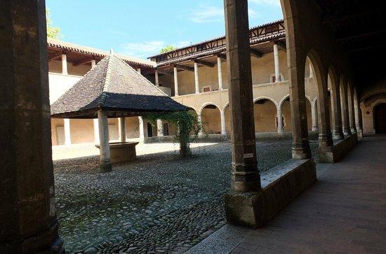 Monastere Royal de Brou : Un cloître