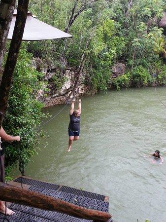 Selvatica: Swimming in the cenote