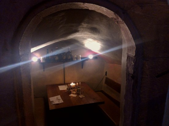 """Gasthaus zum Riesen: The """"hole in the wall"""" seating"""