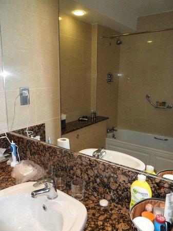 Brandon Hotel : Bathroom