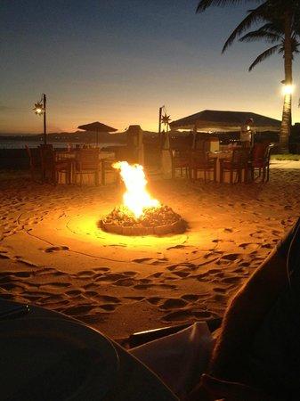 Casa del Mar Golf Resort & Spa: Dinner on the Beach